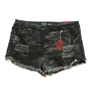 MOSSIMO  Stretch Short Shorts.